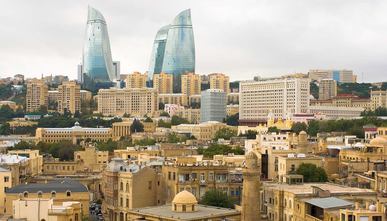 Aserbaidschan - Think-Azerbaijan-Baku-467538074-daymir-Copy