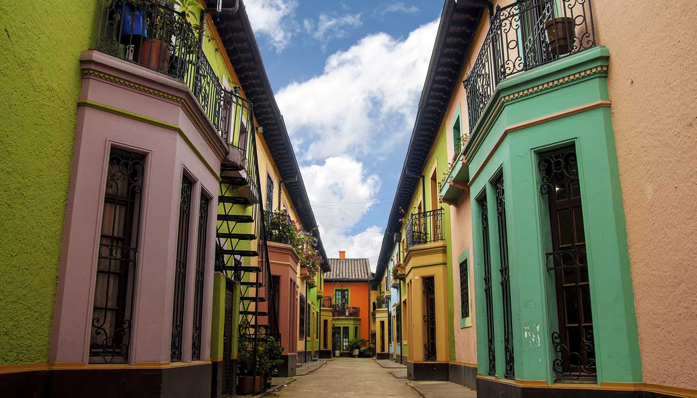 Kolumbien - Historic Colorful Buildings