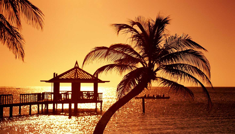 Honduras - Pier, Bay Island, Honduras