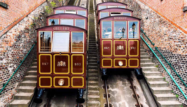 Budapest - Think-Hungary-Budapest-CastleHill-CableCar-500807045-amoklv-copy
