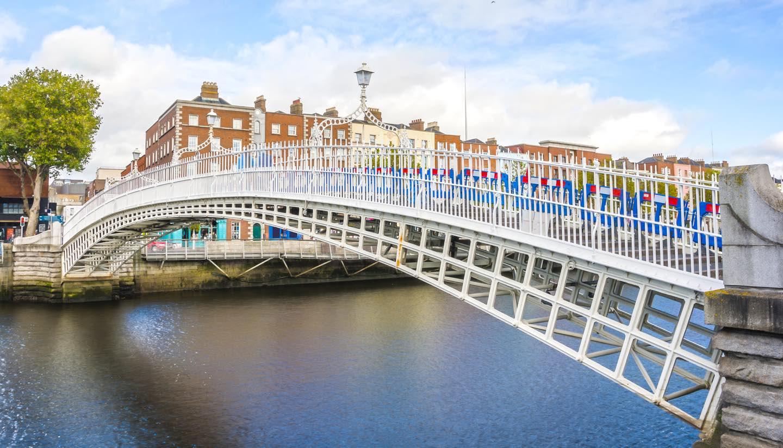 Dublin - Ha penny Bridge in Dublin