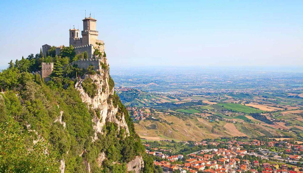 San Marino - Think-SanMarino-466169226-swisshippo-copy