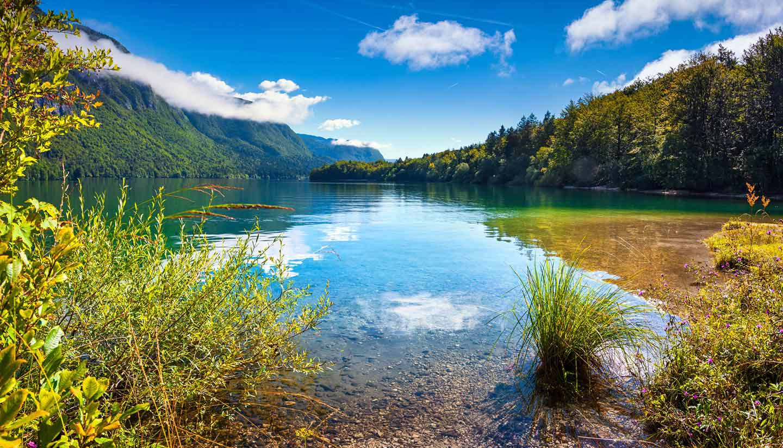 Slowenien - Think-Slovenia-TriglavNationalPark-534540971-Andrew_Mayovskyy-copy