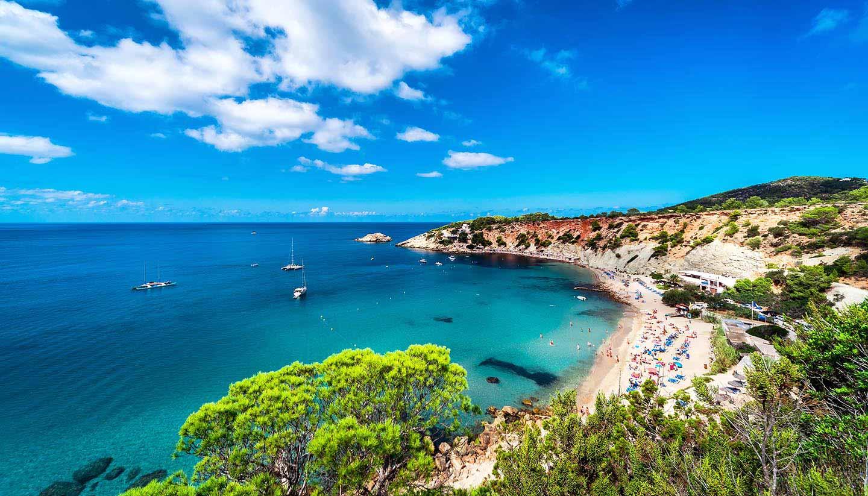Balearen - Think-Spain-Balearic-Ibiza-CaladHort-490968900-amoklv-copy