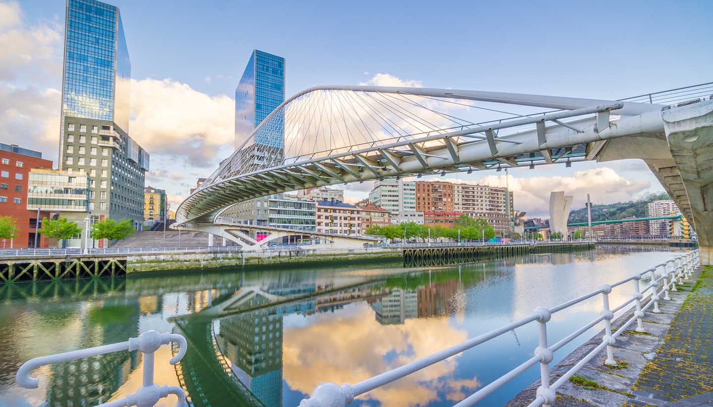 Spanien - Pedro Arrupe Footbridge