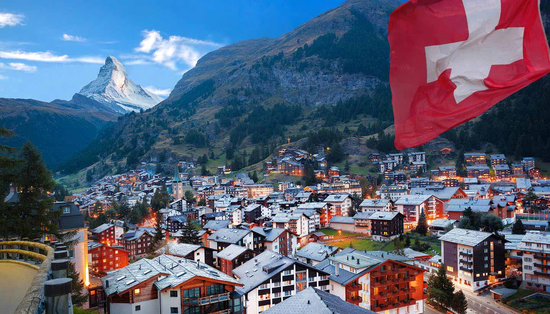Schweiz - Think-Switzerland-Country-Zermatt-Matterhorn-486574518-extravagantni-copy