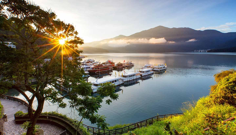 Taiwan (China) - sunrise at  sun moon lake