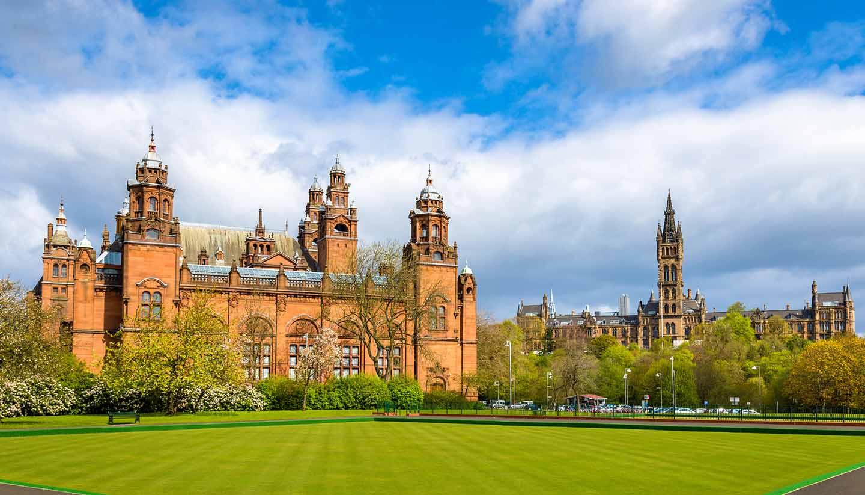Schottland - Kelvingrove Museum and Glasgow University - Scotland