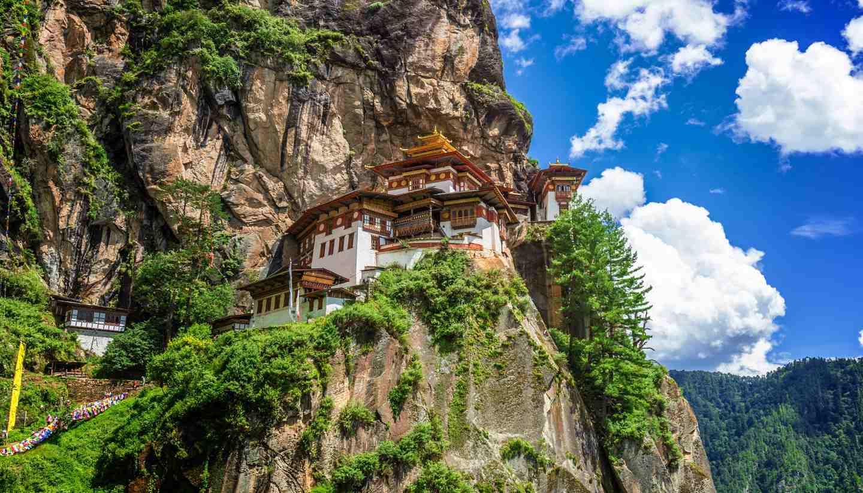 Bhutan - shu-Bhutan-TaktshangGoemba-512983621-Kai19-copy