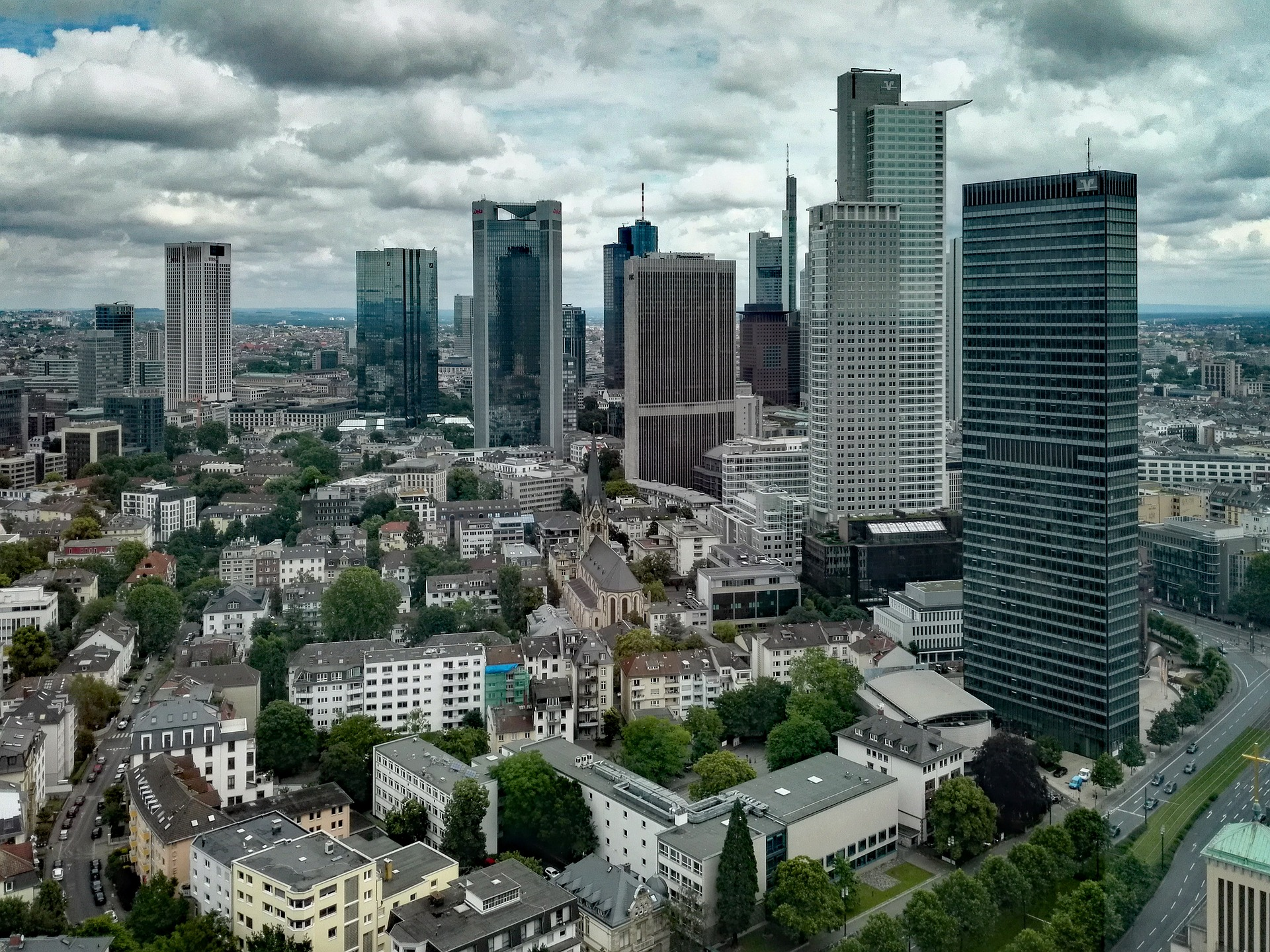 Abbildung_4_Die_Frankfurter_Skyline_ist_beeindruckend_Am_n_chstuFYyGQ