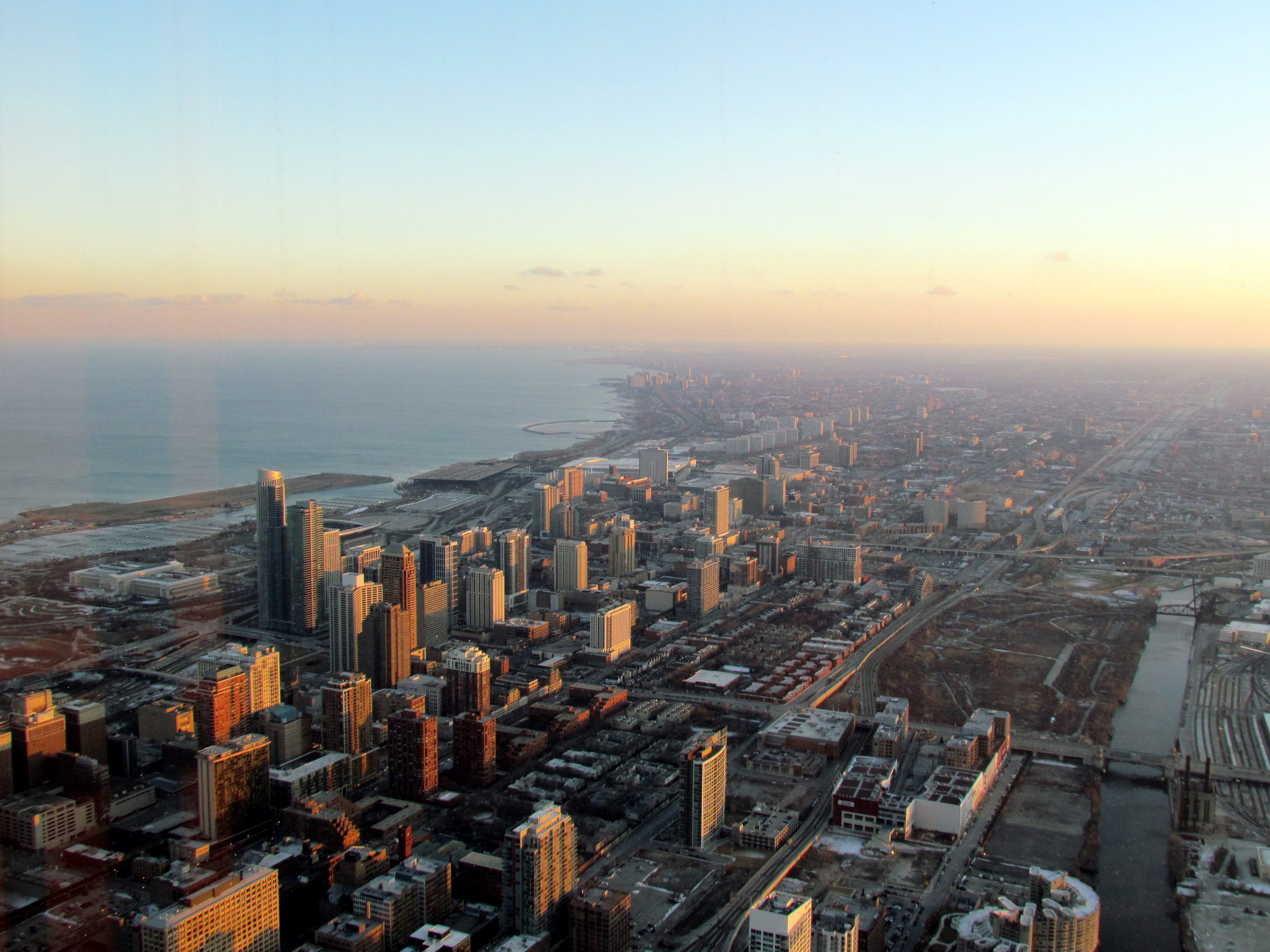 Der_Willis_Tower_150824173542_PvpUJw