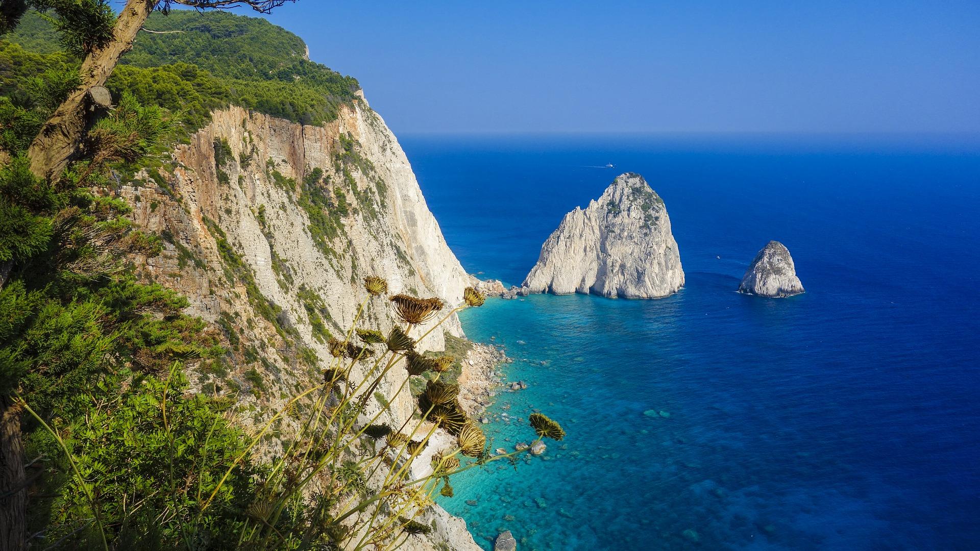 Die fünf schönsten Inseln Griechenlands - Griechenland_stellt_mit_ber_3000_Inseln_80_Prozent_aller_InselnC6vZul