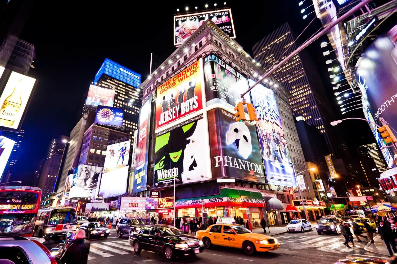 Gehen Sie zum Broadway, um eine Aufführung von Weltklasse anzusehen
